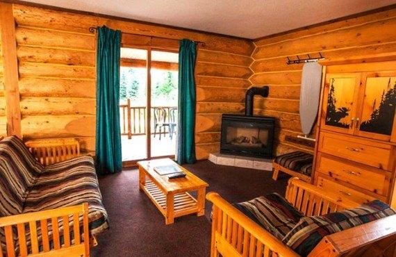 4-chalet-maison-glacier-salon