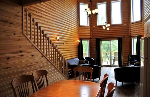 Chalets & Spa Lac St-Jean - Condo avec mezzanine