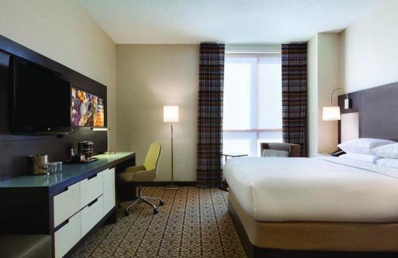 4-doubletree-boston-chambre-1-lit.jpg