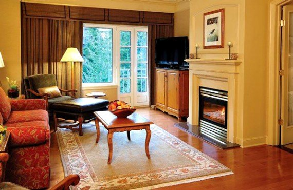 4-fairmont-chateau-whistler-suite-executive