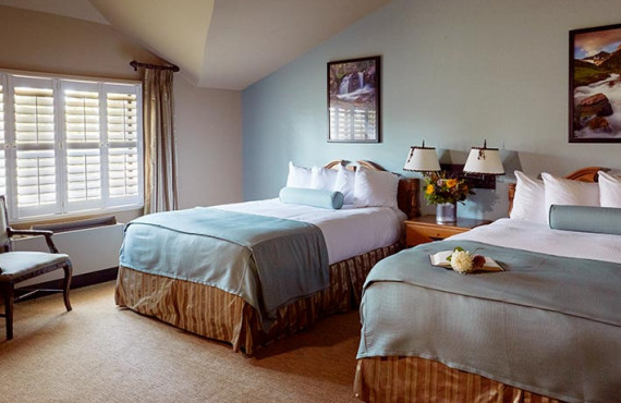 4-grouse-mountain-lodge-view-room.jpg