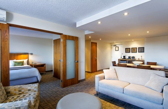 Hôtel Calgary International - Suite avec 2 chambres