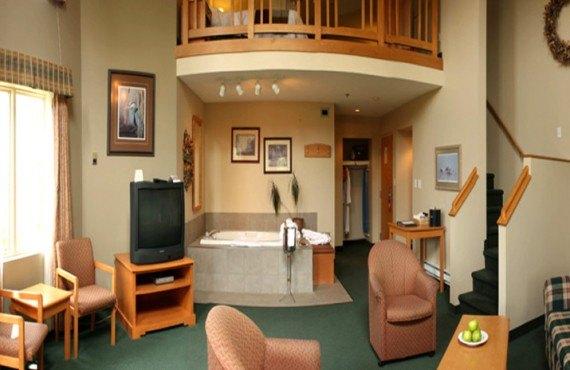 Hôtel Hillcrest- Loft 1 King, 1 Queen, Sofa-lit, Jacuzzi