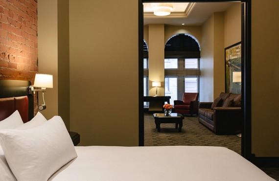 4-hotel-place-armes-penthouse