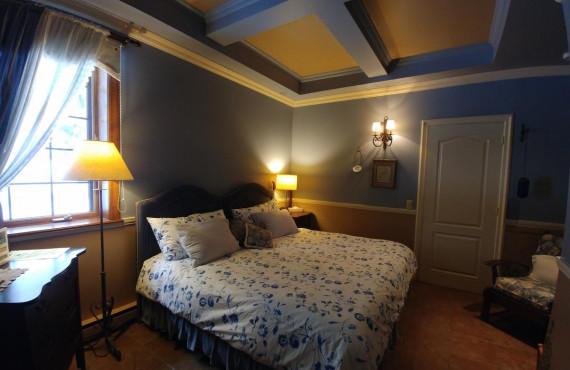 La Bleuet room