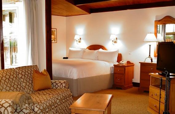 Post Hotel - Suite avec foyer