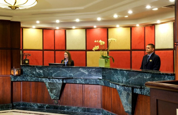 Réception de l'hôtel