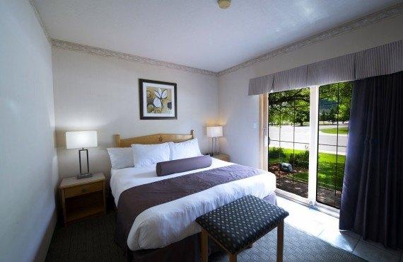 4-watertown-glacier-suites