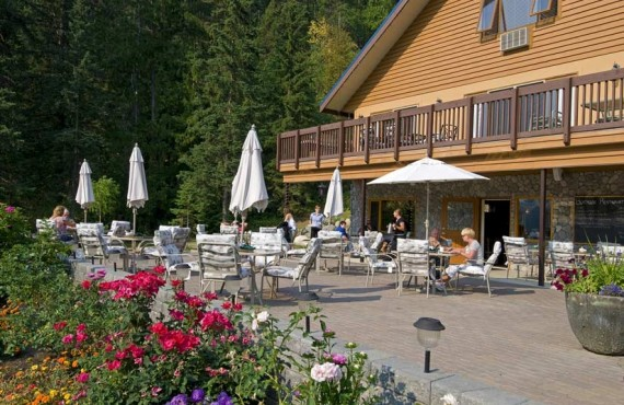 5-alpine-meadow-resort-restaurant-boathouse