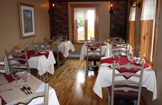 Auberge la Fjordelaise - Salle à manger