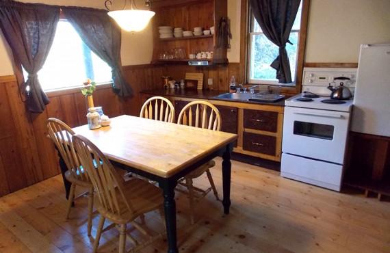 Chalet du Ranch Beaverfoot - Cuisine - Chalet-1