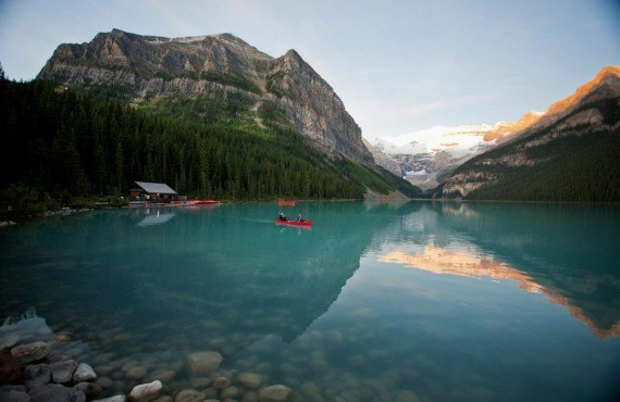 Canot sur le Lake Louise
