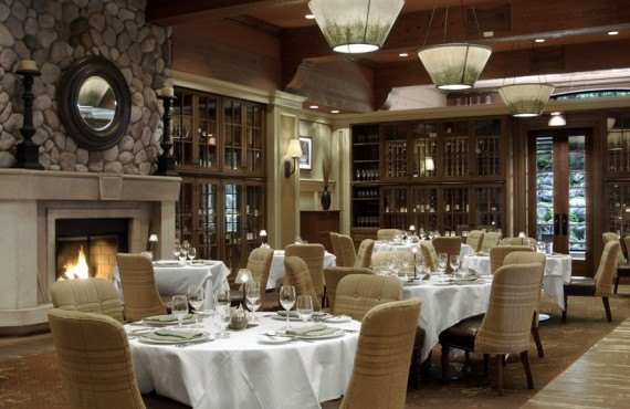 5-fairmont-chateau-whistler-restaurant