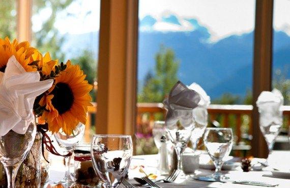 5-hotel-hillcrest-revelstoke-restaurant