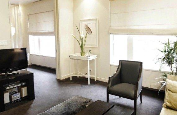 Hôtel St-Paul Montréal - Salon de la Suite Deluxe