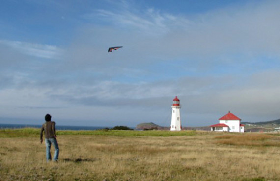 Introduction to kite flying on îles-de-la-Madeleine