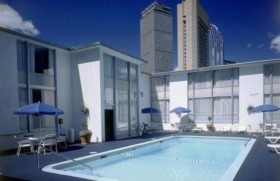 5-midtown-hotel-piscine.jpg