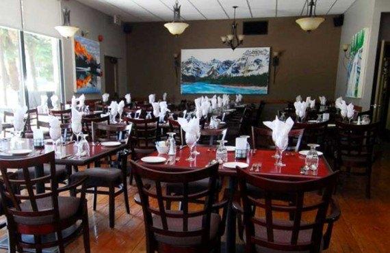 Tonquin Inn - Restaurant