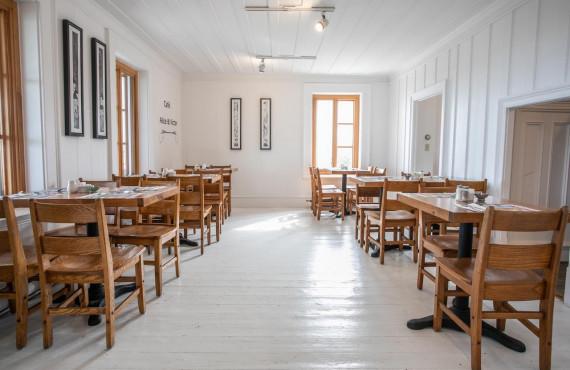 Café Alice & Victor