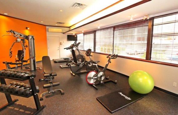 6-accent-inn-vancouver-airp