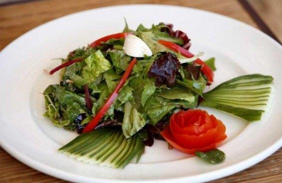 6-alpine-meadow-resort-repas