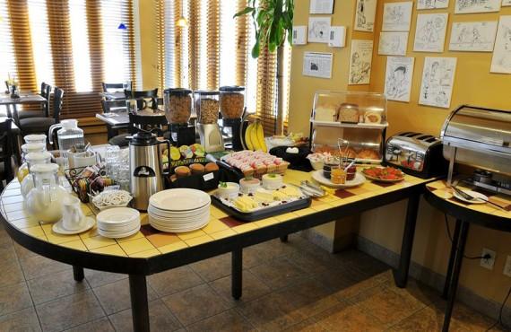 Auberge de La Fontaine - Salle du Petit-déjeuner