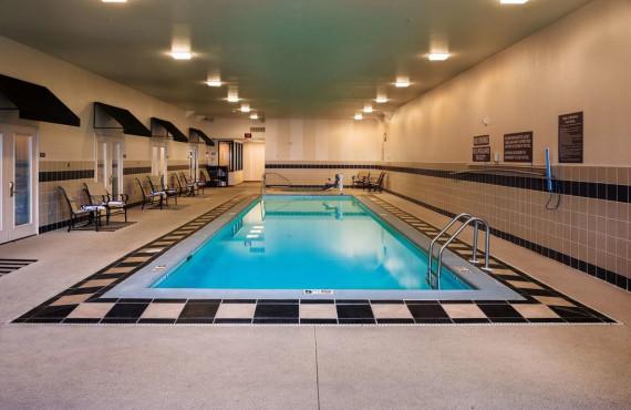 6-bw-helena-piscine.jpg
