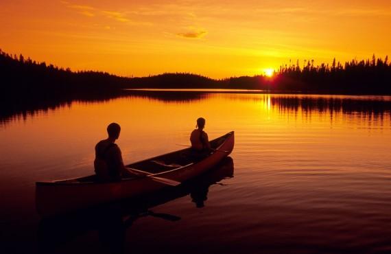 Randonnée en canot au coucher du soleil