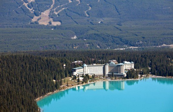 Chateau Lake Louise, Alberta