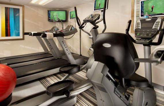 6-comfort-inn-downtown-dc-gym