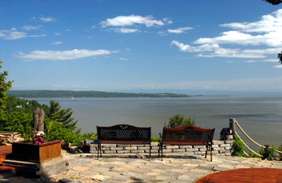 Terrace and view of the St. Lawrence River