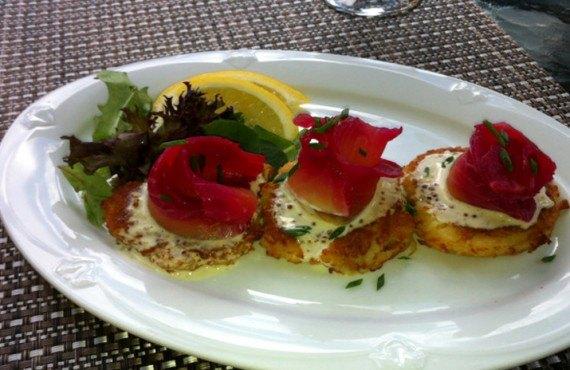 6-hotel-hillcrest-revelstoke-repas