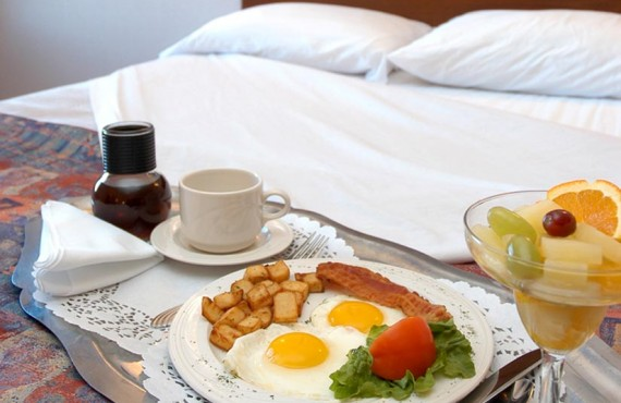6-hotel-jardin-repas
