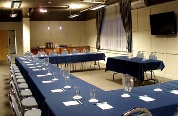 Les Suites Labelle - Salle de réunion