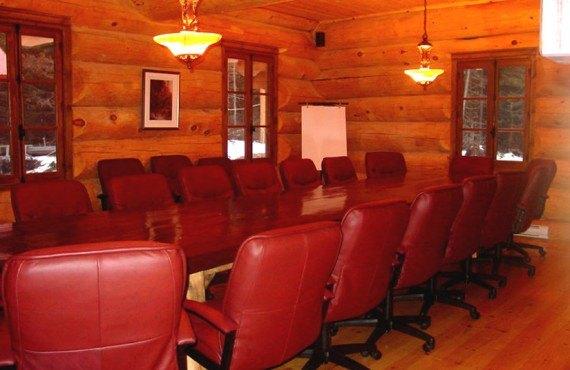 Pourvoirie Ravage - salle de réunion