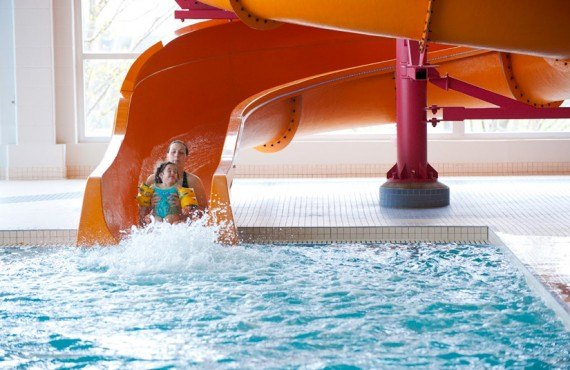 6-quality-inn-suites-chalottetown-piscine