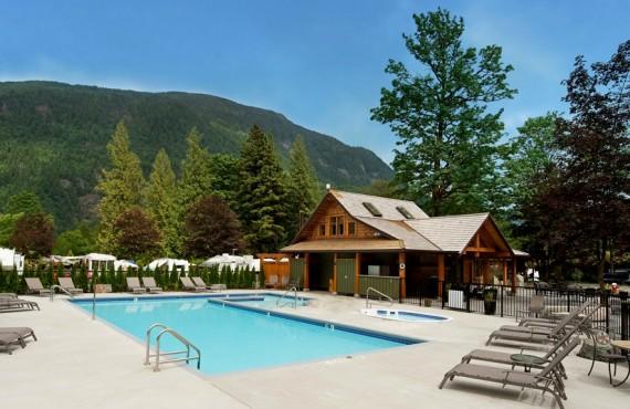 6-springs-rv-resort-piscine