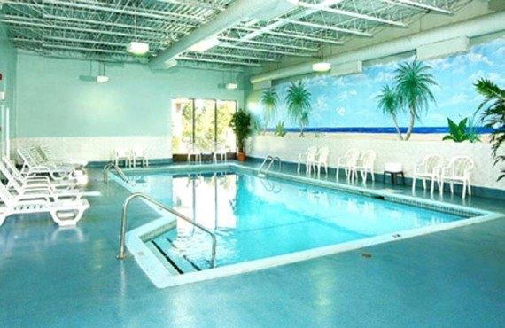 Best Western Plus Gatineau - piscine intérieure
