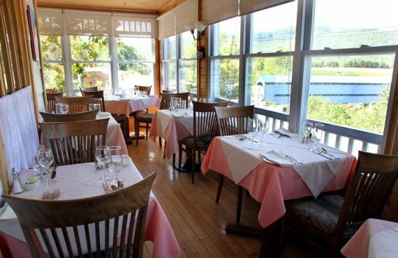 7-cevennes-salle-manger