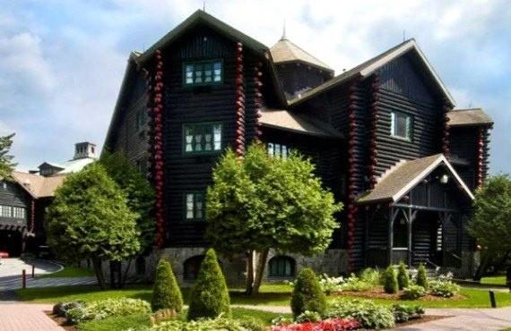 Chateau Montebello, Outaouais
