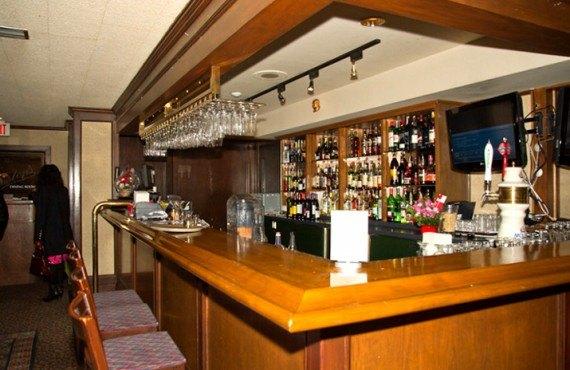 Coast Inn of the North - Bar Lounge