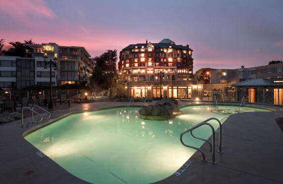 Oak Bay Beach Hotel in the evening