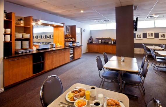 7-les-suites-labelle-mtl-dejeuner