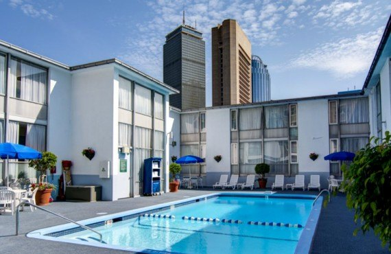 7-midtown-hotel-piscine