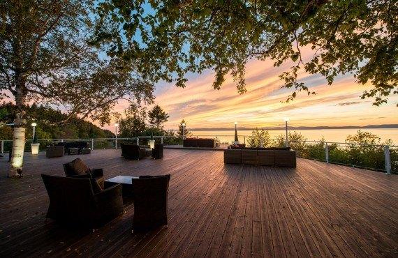 Auberge de la Pointe - Coucher de soleil sur la terrasse