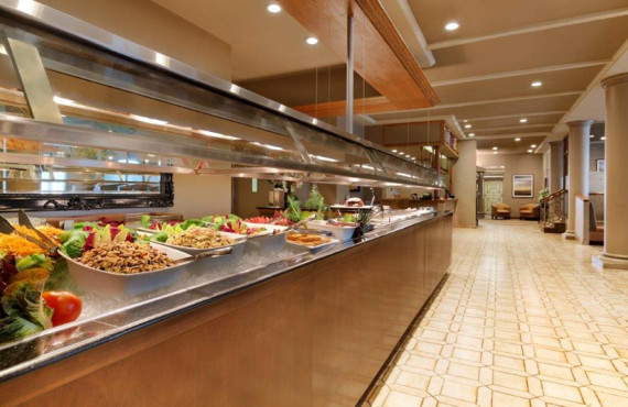 Breakfast and lunch buffet