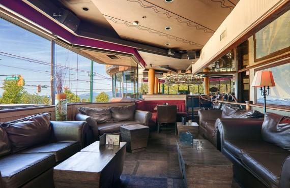 Bayside Lounge