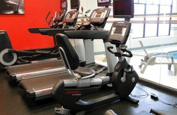 Clarion Inn Calgary Airport - Gym