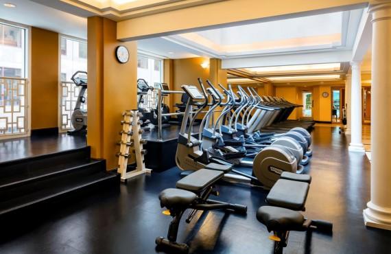8-fairmont-royal-york-gym