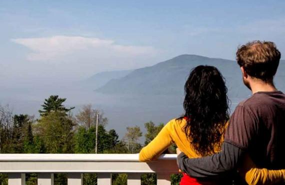 8-gite-nature-pinceaux-vue-de-terrasse